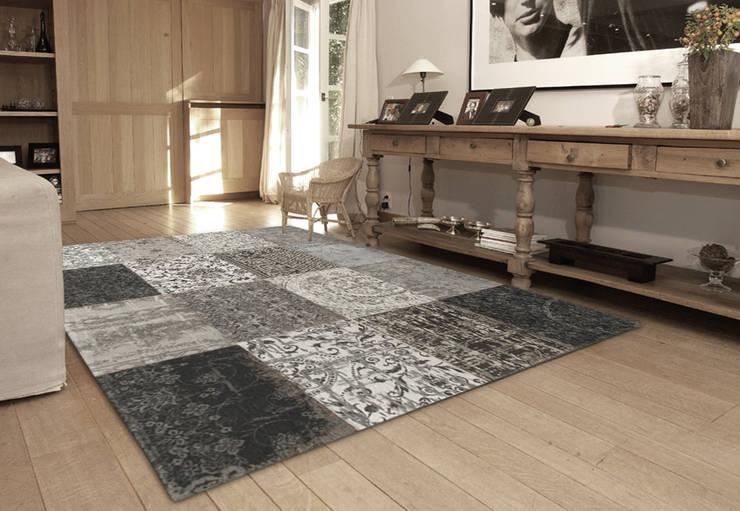 Patchwork - Black and White 8101 - Interior:  Muren & vloeren door louis de poortere