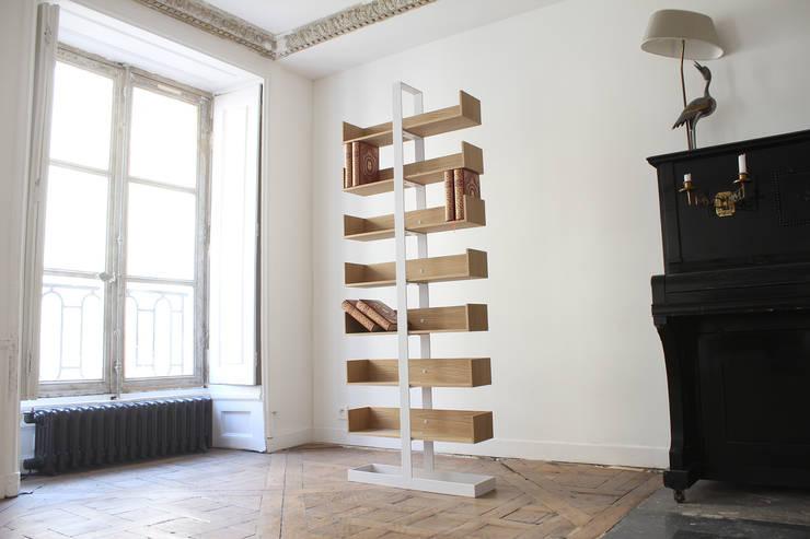 BIBLIOTHÈQUE SÉVERIN: Couloir, entrée, escaliers de style  par Alex de Rouvray Design