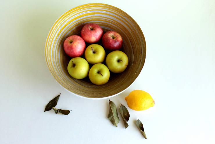concentric M bianco-limone striato:  in stile  di DDuM, Rurale