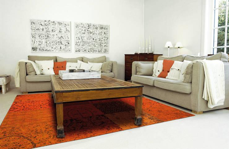 Patchwork - Orange 8010 - Interior:  Muren & vloeren door louis de poortere