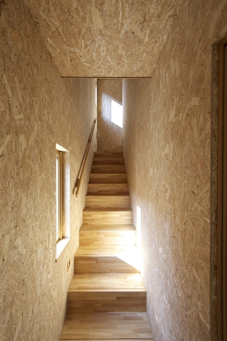 Eclectic style corridor, hallway & stairs by 五藤久佳デザインオフィス有限会社 Eclectic