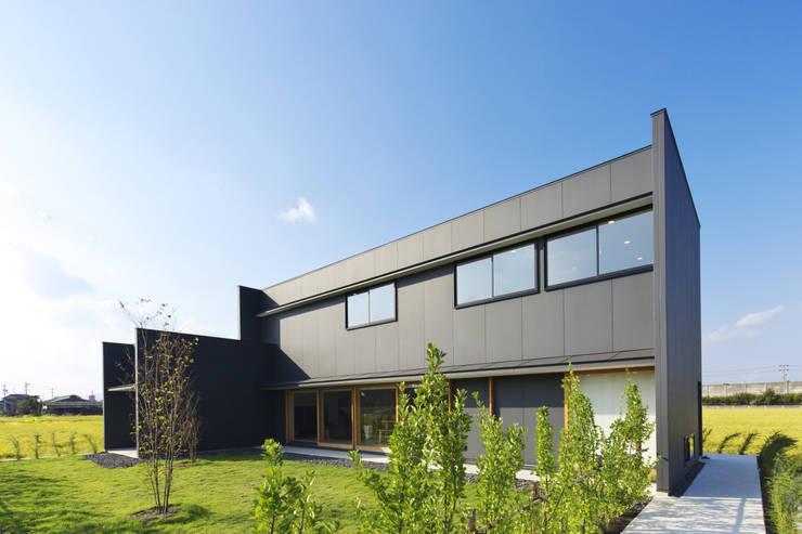 安八の家: 五藤久佳デザインオフィス有限会社が手掛けた家です。