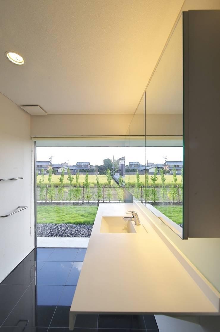 安八の家: 五藤久佳デザインオフィス有限会社が手掛けた浴室です。