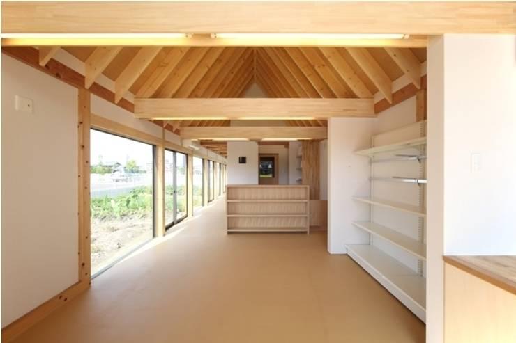 しっぽうちょう調剤薬局: 五藤久佳デザインオフィス有限会社が手掛けた和室です。