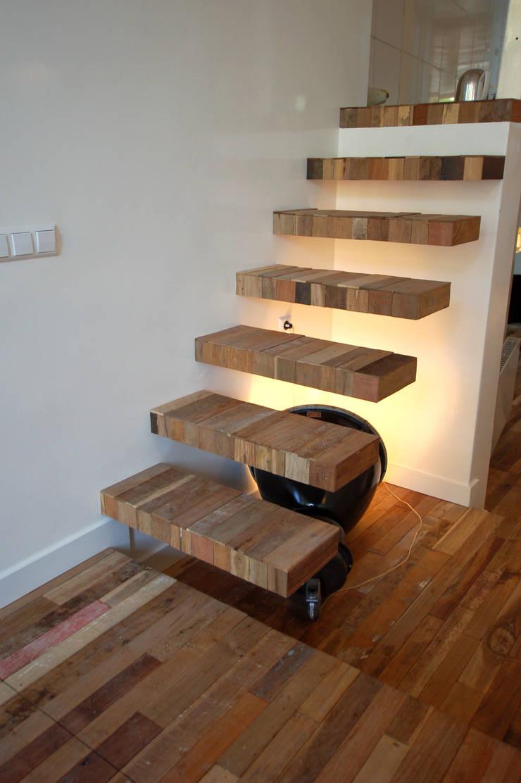 Столовые комнаты в . Автор – CUBE architecten, Эклектичный