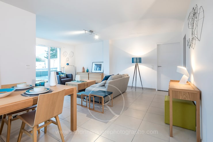Résidence Carré Olonna – Bouygues Immobilier: Salon de style  par Sandrine RIVIERE Photographie