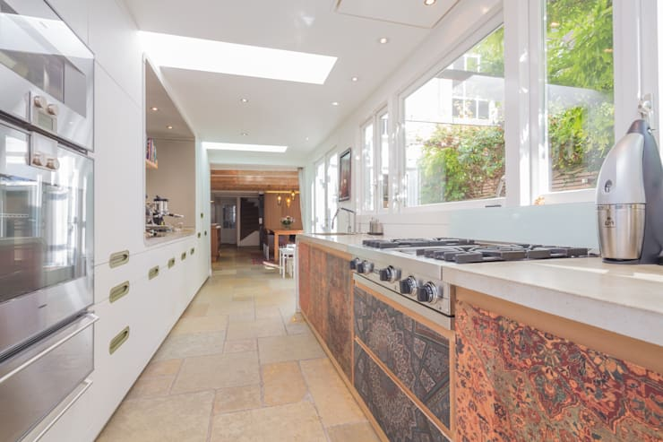 eclectic Kitchen by CUBE architecten