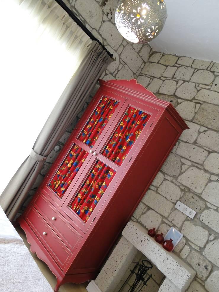 Tuncer Sezgin İç Mimarlık – Yu-Ga:  tarz , Akdeniz