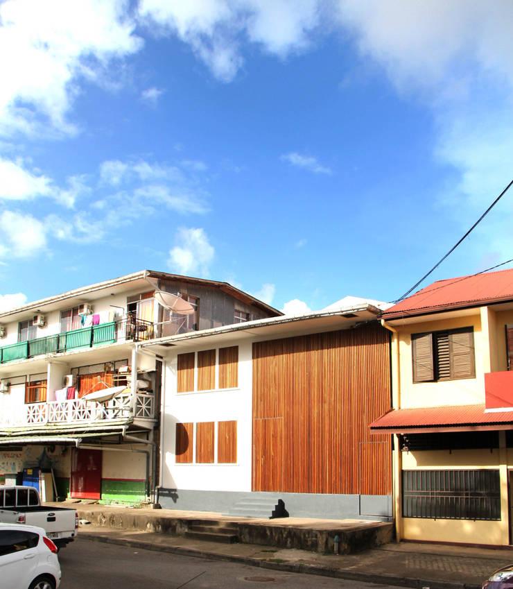 7BIS - Réhabilitation d'une maison individuelle: Maisons de style  par ARA Architecture Aménagement