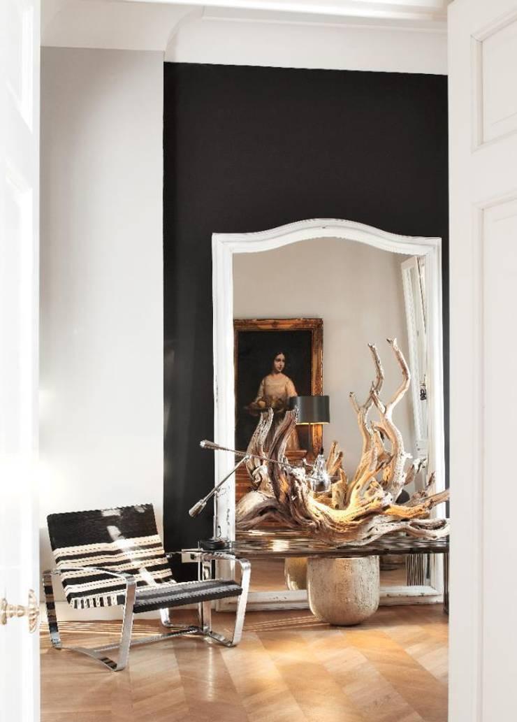 Belvedere Bologna : Ingresso & Corridoio in stile  di Pederzoli Ricci & associati - Interior design ,