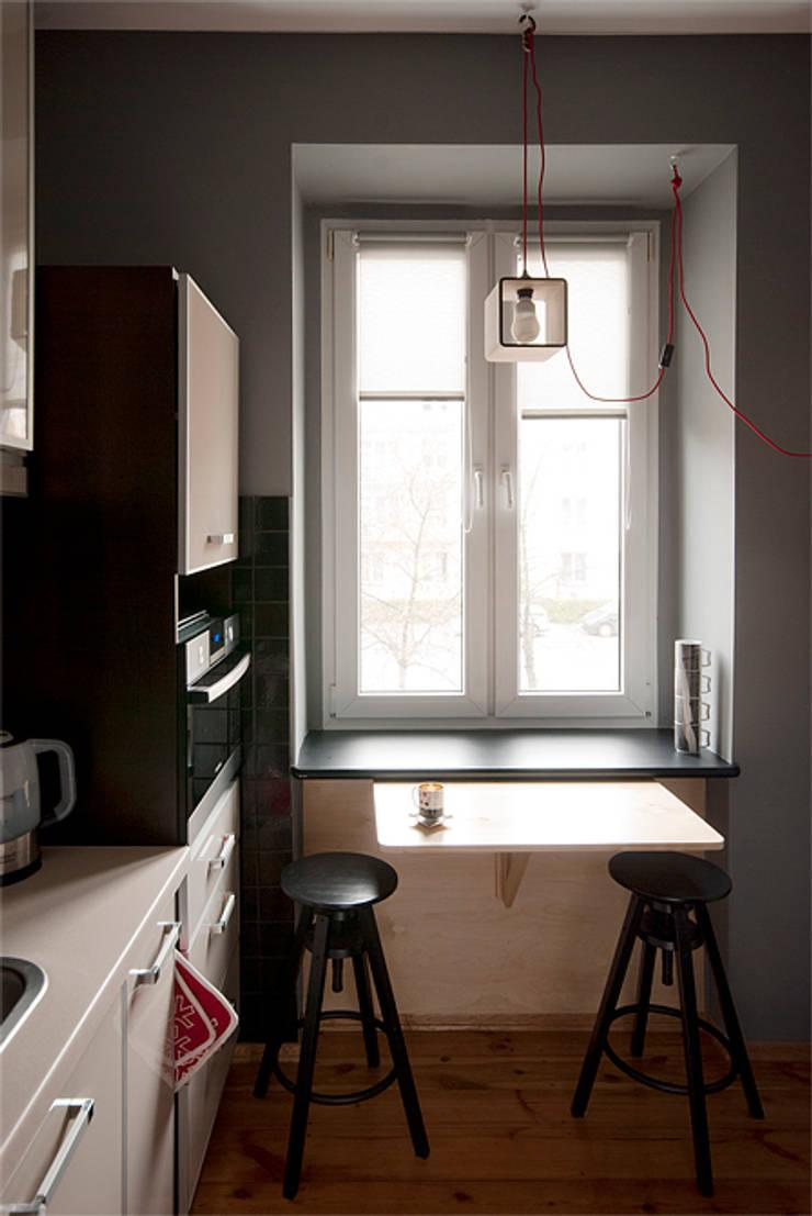 Projekt mieszkania: styl , w kategorii Kuchnia zaprojektowany przez Za murami za dachami