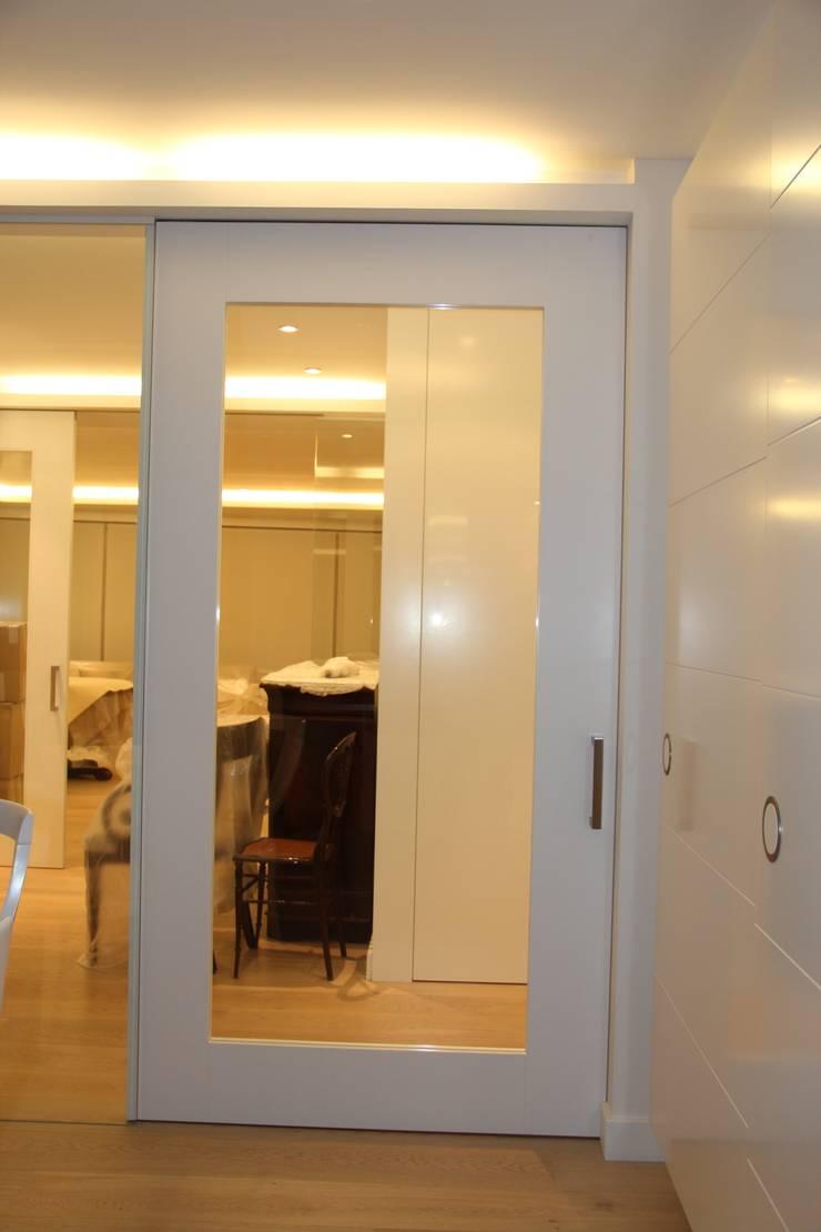 Puertas de interior: Salones de estilo  de info3621