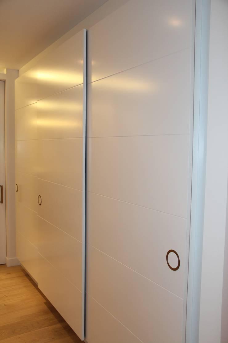 Puertas de interior: Ventanas de estilo  de info3621