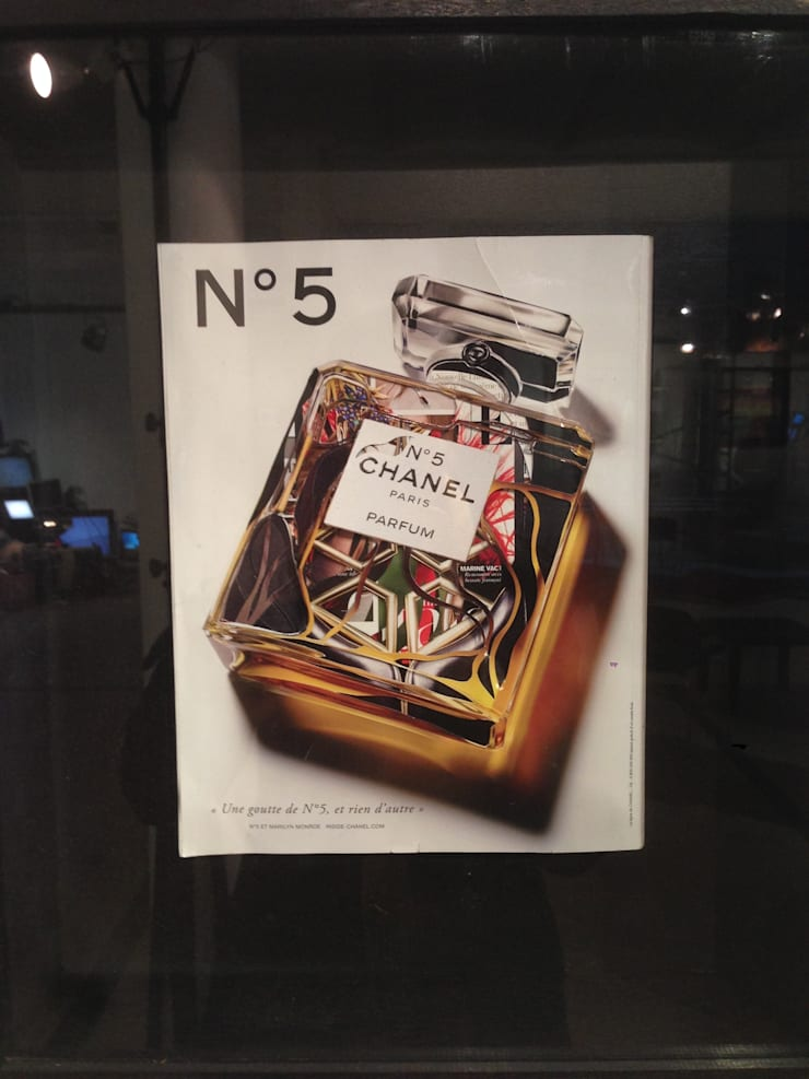 CHANEL N°5 - CHRISTOPHER COPPERS:  Exhibition centres by christophercoppers