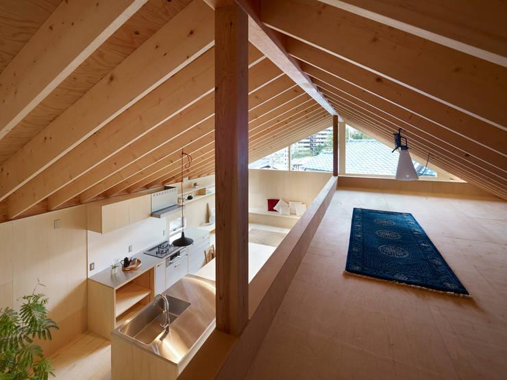 三滝の家: HANKURA Designが手掛けたガレージです。,オリジナル