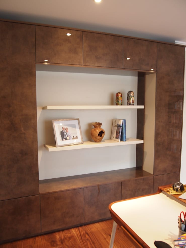 Storage and display unit:  Office spaces & stores  by Designer Vision and Sound: Bespoke Cabinet Making