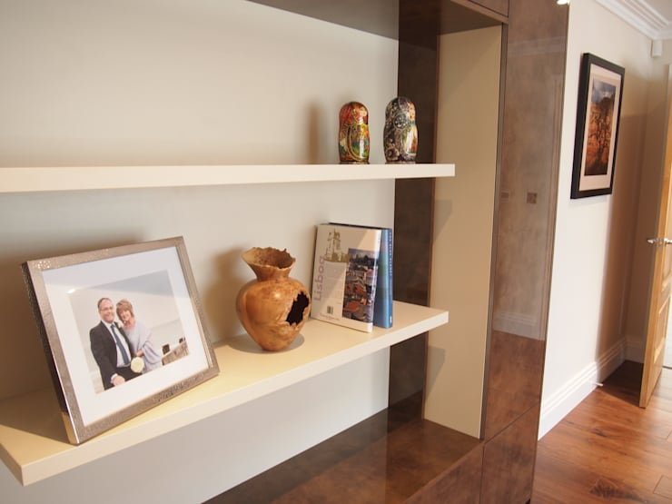 Storage and display unit for small study:  Study/office by Designer Vision and Sound: Bespoke Cabinet Making