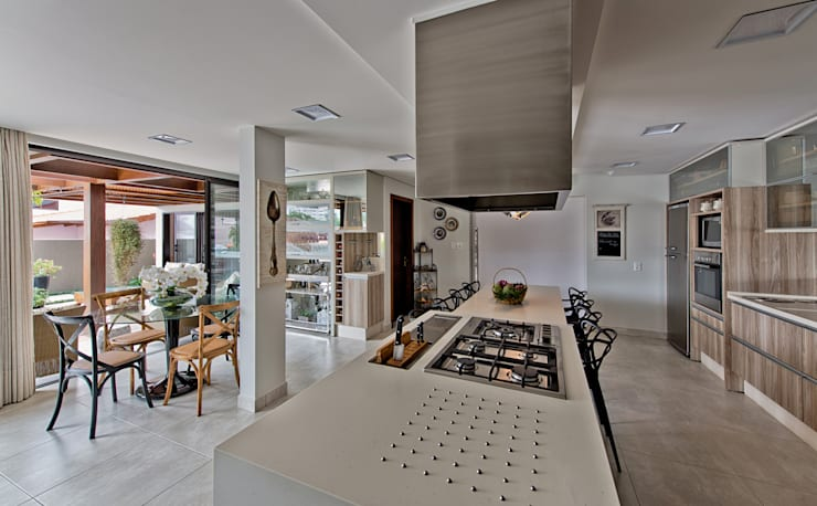 Cozinha/ Espaço gourmet: Cozinhas  por Espaço do Traço arquitetura