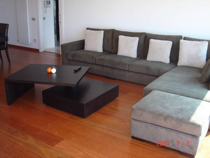 Salon de style  par DEKMAK interiores, Moderne