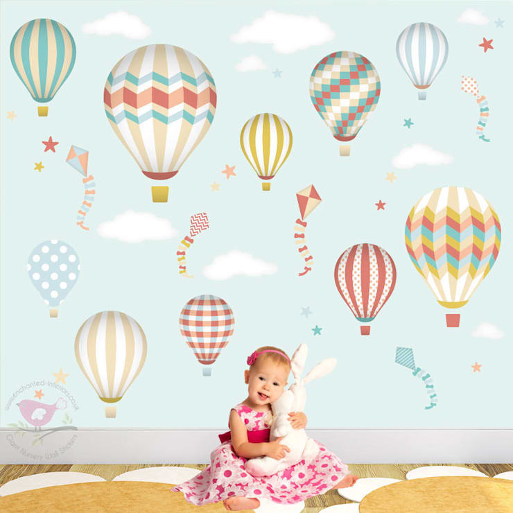 Deluxe Hot Air Balloons & Kites Luxury Nursery Wall Art Design for a baby boys or girls nursery room:  Nursery/kid's room by Enchanted Interiors