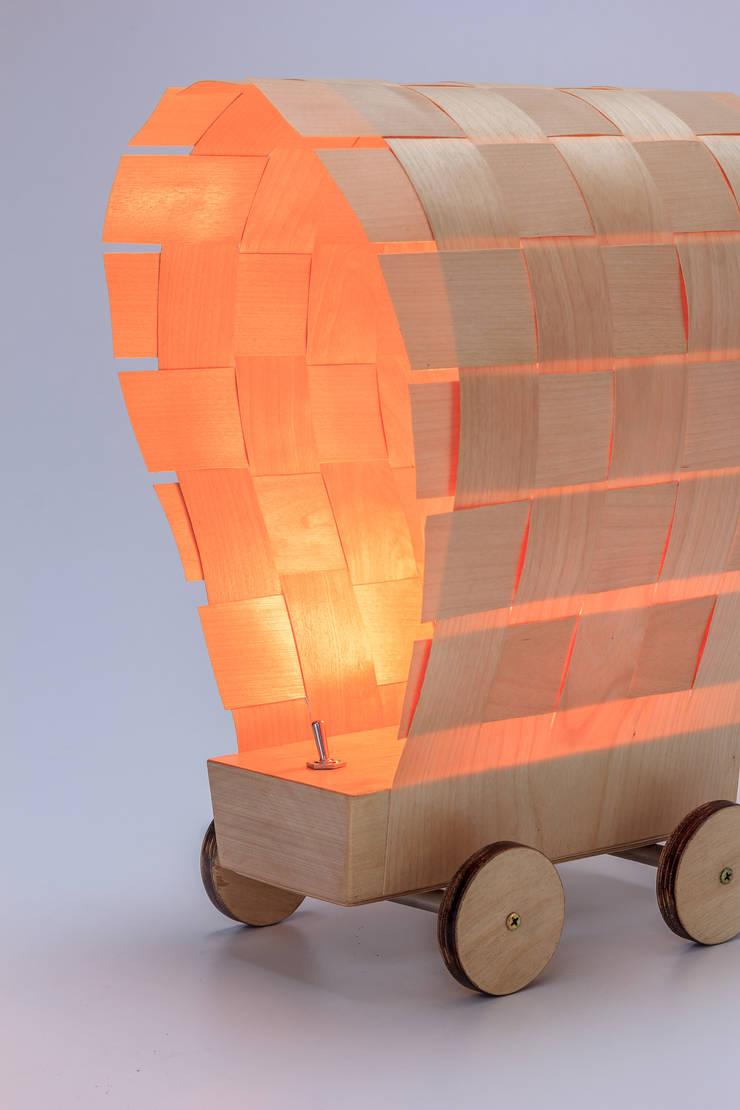 """Lampa """"Dyliżans"""": styl , w kategorii Korytarz, hol i schody zaprojektowany przez Meble Autorskie Jurkowski,"""