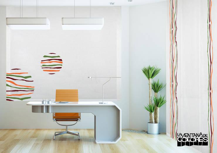 Ambientes actuales de La Ventana de Colores: Edificios de oficinas de estilo  de LA VENTANA DE COLORES