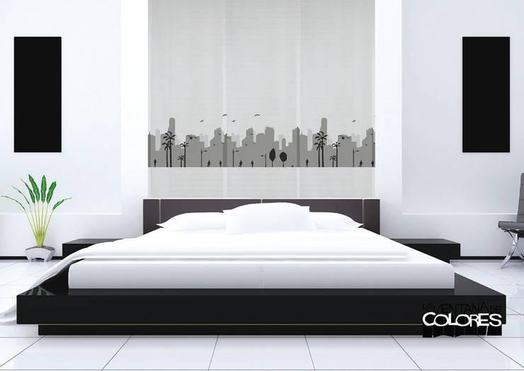 Ambientes actuales de La Ventana de Colores: Dormitorios de estilo minimalista de LA VENTANA DE COLORES