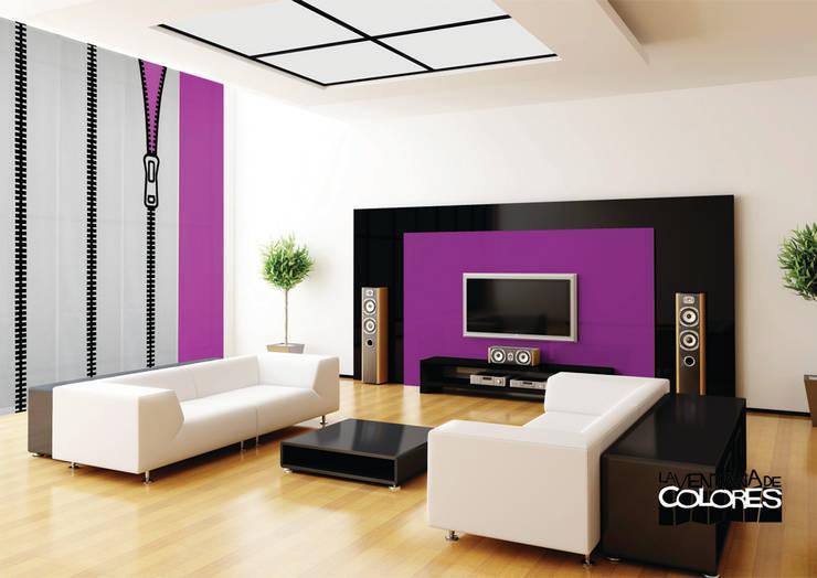 Ambientes actuales de La Ventana de Colores: Salones de estilo ecléctico de LA VENTANA DE COLORES