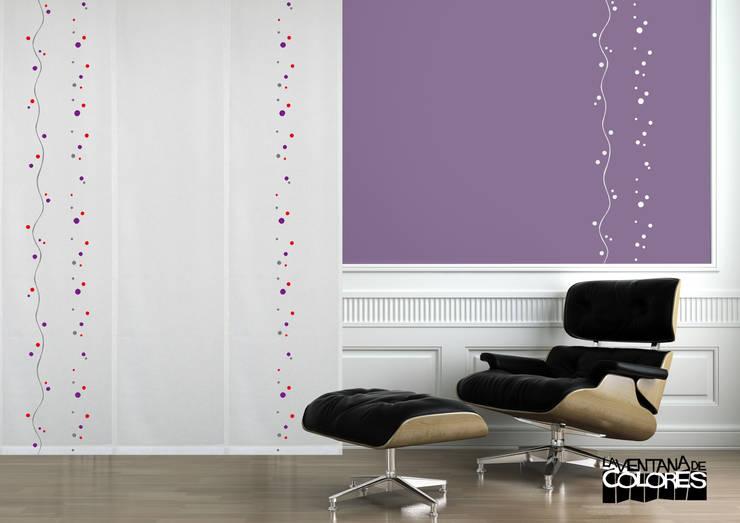 Ambientes actuales de La Ventana de Colores: Salones de estilo minimalista de LA VENTANA DE COLORES
