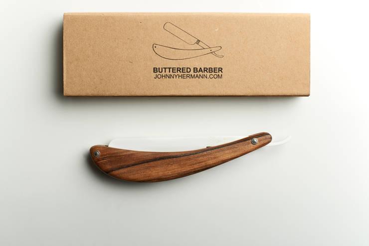 Buttered Barber: Cucina in stile in stile Moderno di Mauro savoldi