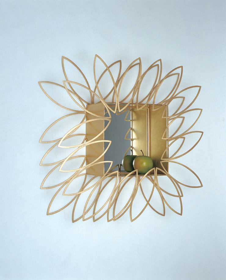 햇살담은 거울: Salvia Garden의 현대 ,모던
