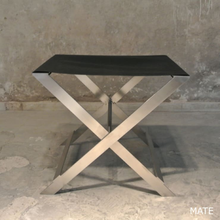 X STOOL – BLACK MATT: Dressing de style  par By Ultra