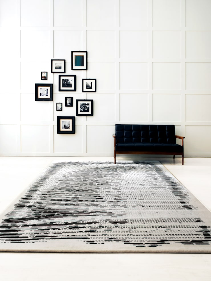 Walls & flooring by CAURA CARPET,