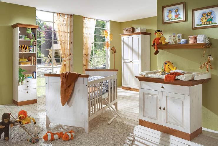 classic Nursery/kid's room by Allnatura