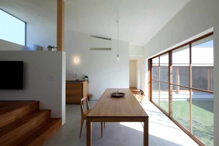 Phòng khách theo 松原建築計画 / Matsubara Architect Design Office, Bắc Âu