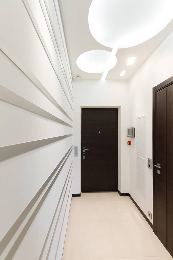 Прихожая: Коридор и прихожая в . Автор – Andrey Gulyaev Architects