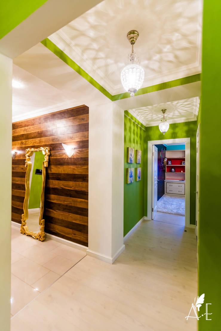 Интерьер квартиры  80 м2: Коридор и прихожая в . Автор – Apolonov Interiors, Эклектичный
