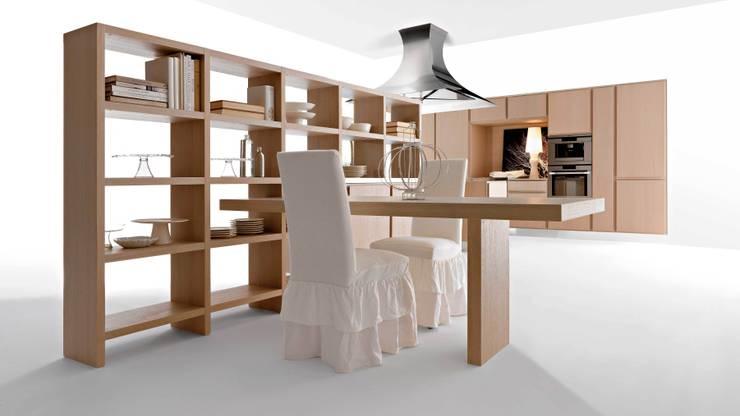 Autentica per Effeti: Cucina in stile  di Vegni Design