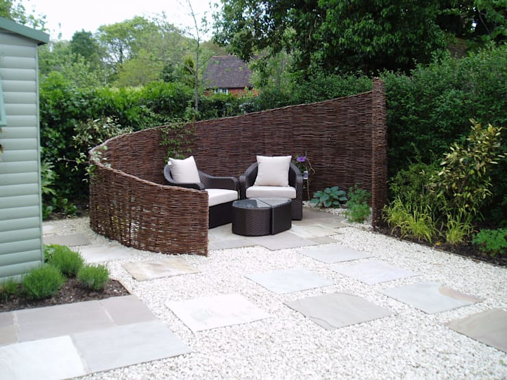 Low Maintenance Garden:  Garden by Cherry Mills Garden Design