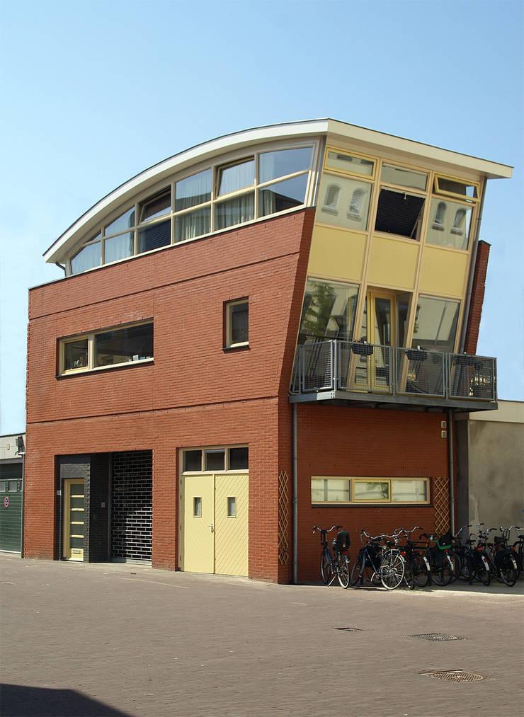 Voor- en zijgevel: moderne Huizen door ABC-Idee
