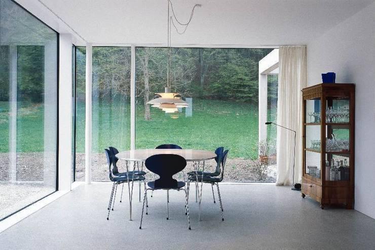 Essbereich: skandinavische Esszimmer von Bohn Architekten GbR