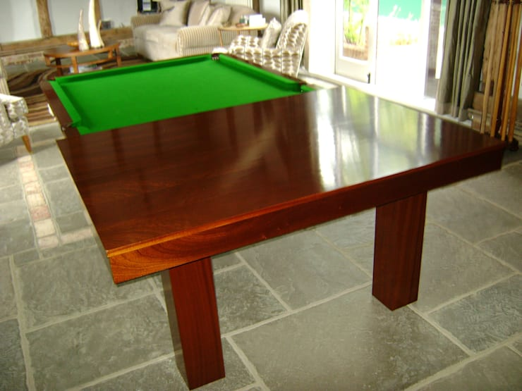 Comedor de estilo  por HAMILTON BILLIARDS & GAMES CO LTD