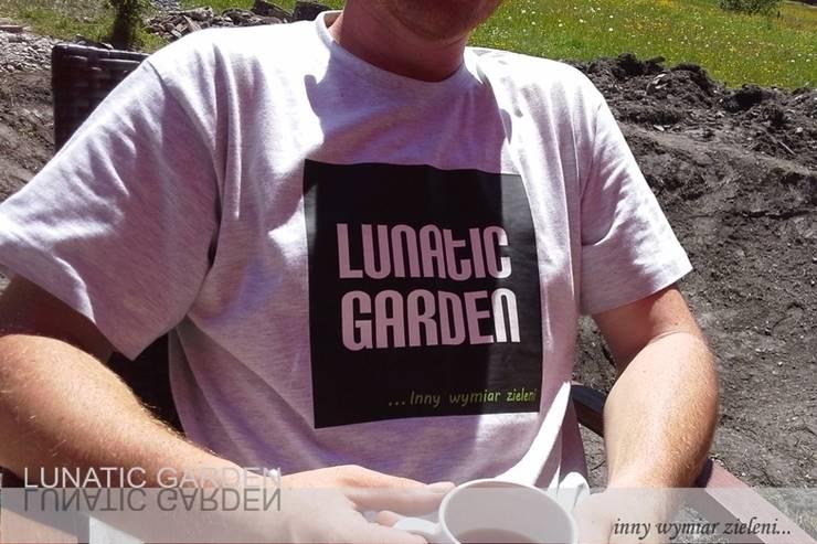 por Lunatic Garden Moderno