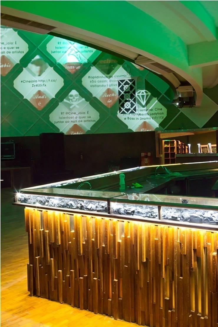 Bar: Centros de congressos  por MM18 Arquitetura