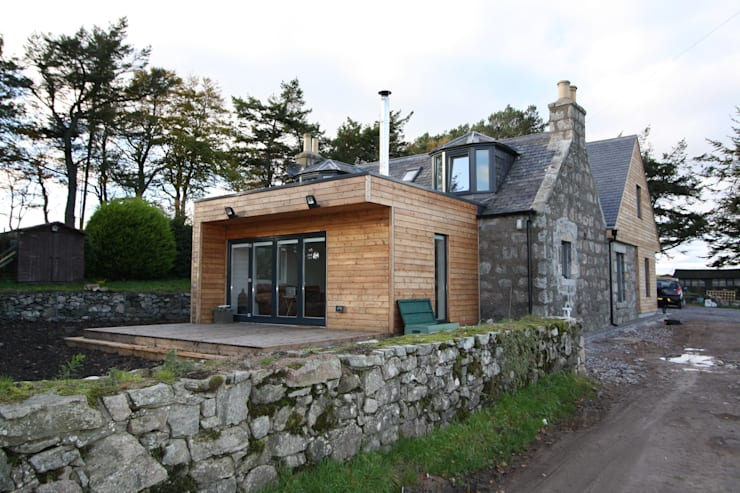 Wellfield: modern Houses by Fiddes Architects