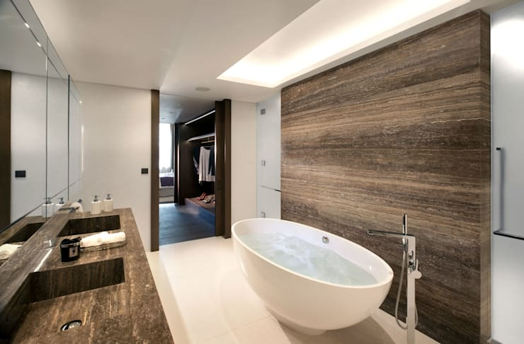 Project 4 Connaught Place, Marble Arch:  Bathroom by Flairlight Designs Ltd