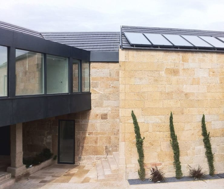 Quinta de Santa Cruz: Casas  por Artspazios, arquitectos e designers