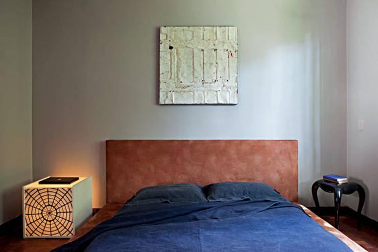 Apartamento Facundo Guerra: Quartos  por MM18 Arquitetura
