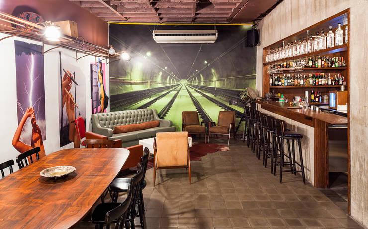 Restaurante Ramona: Espaços gastronômicos  por MM18 Arquitetura