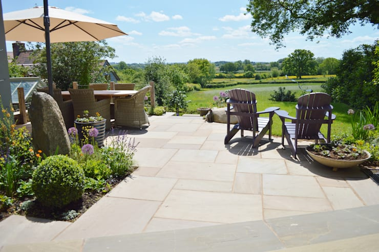 Natural Indian Stone Paving:  Terrace by Unique Landscapes,